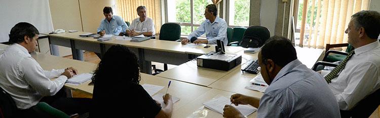 Representantes das Ceasas e da Conab se reúnem em Brasília