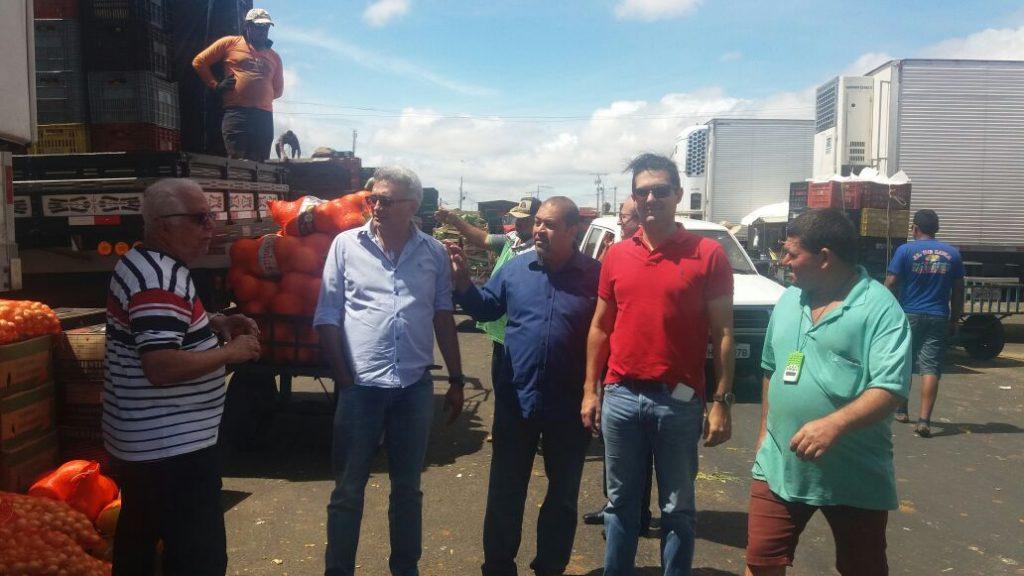 Mercado do Produtor de Juazeiro recebe visita da ABRACEN